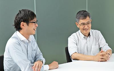 岩井氏(左)と小池氏(右)